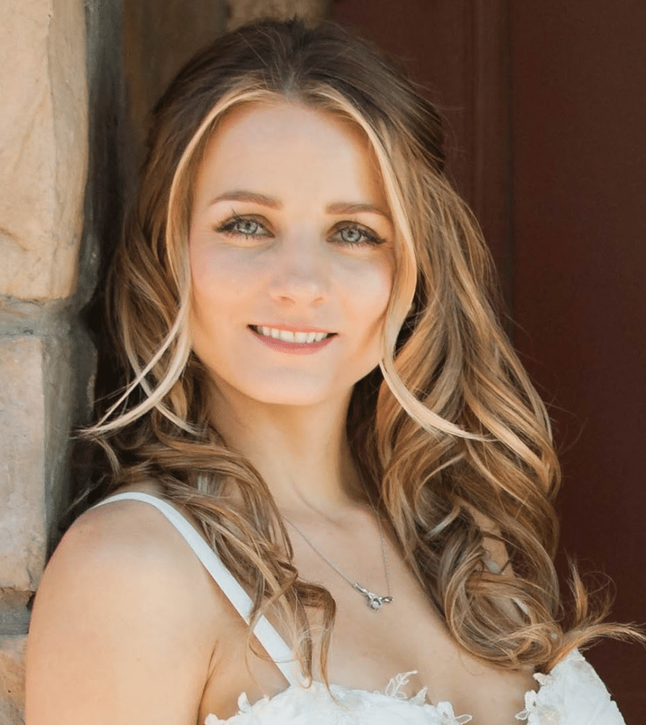 Prescott and Phoenix Realtor, Angela Christine Mitchell